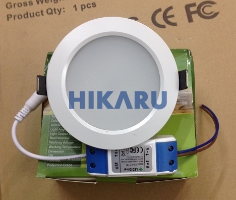 den-led-am-tran-12w-hkr12